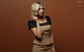 Ashley Benson 015