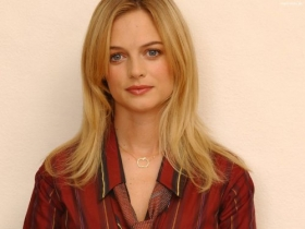 Heather Graham 22