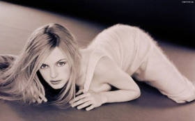 Heather Graham 34
