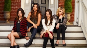 Pretty Little Liars 008