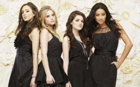 Pretty Little Liars 023