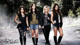 Pretty Little Liars 030