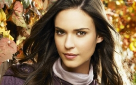 Odette Annable 002