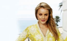 Abbie Cornish 008