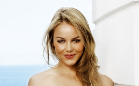 Abbie Cornish 010