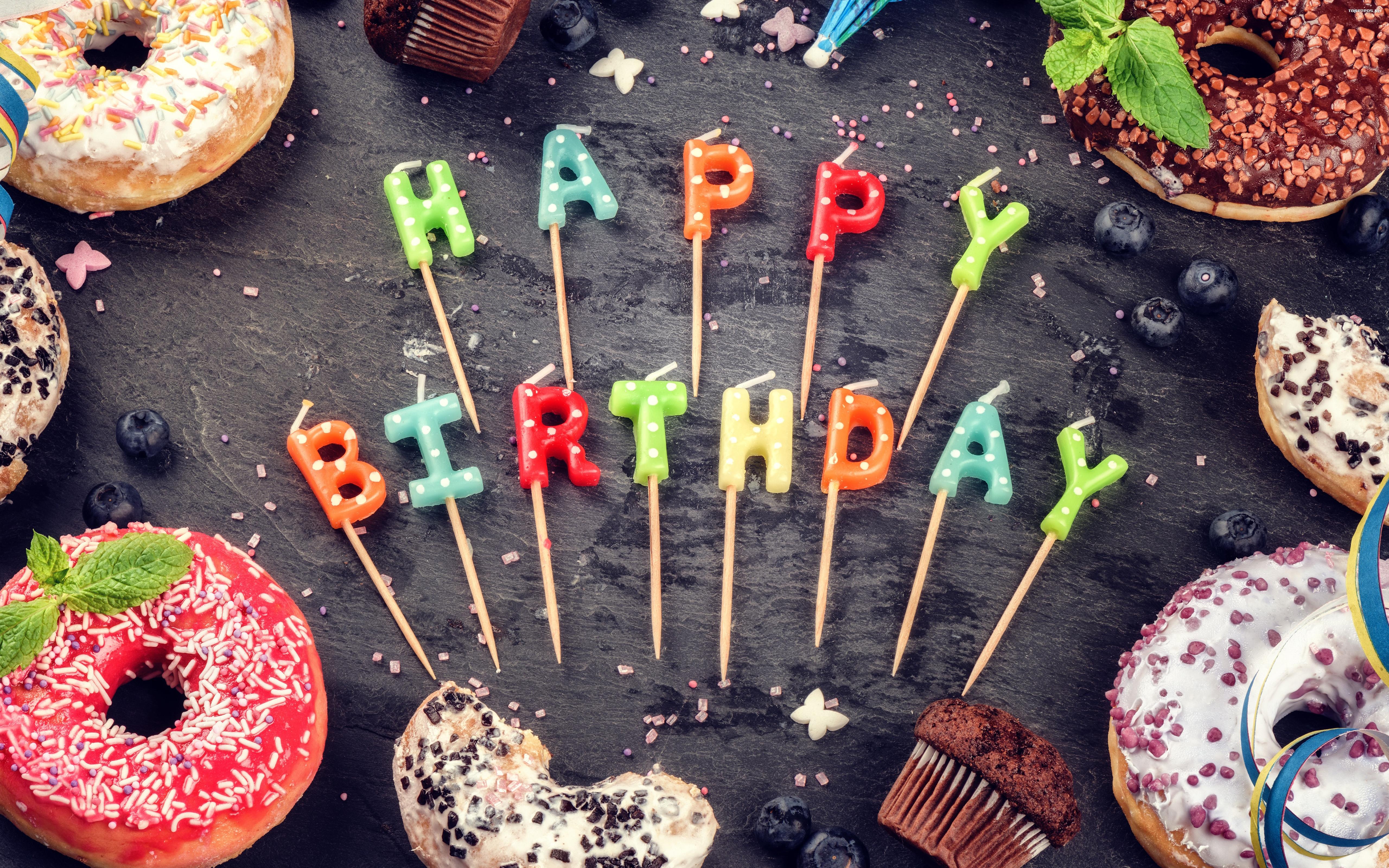 Chłodny Urodziny, Happy Birthday 065 Paczki, Slodycze, Swieczki - Tapety FP22